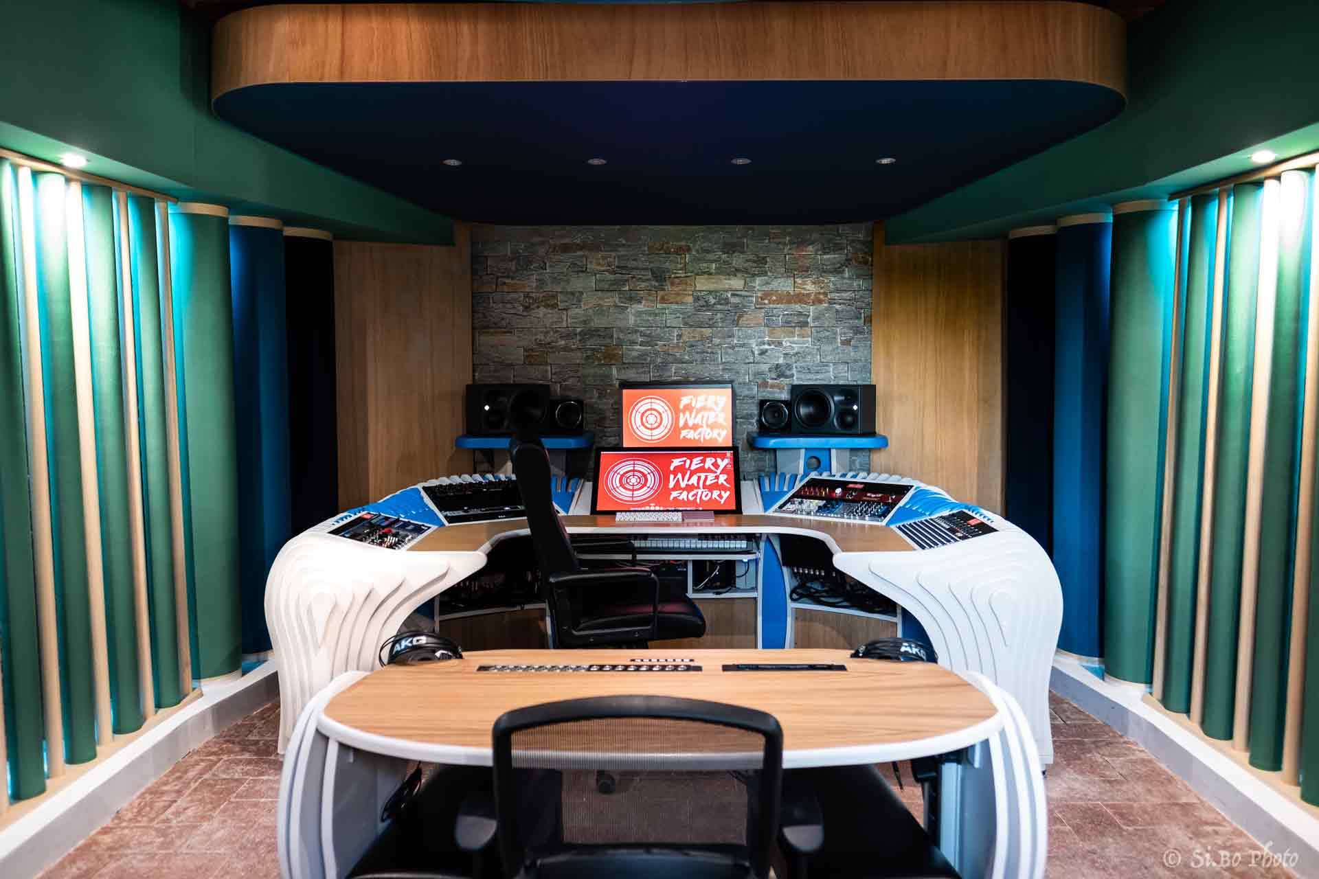 1_studio_sound_service