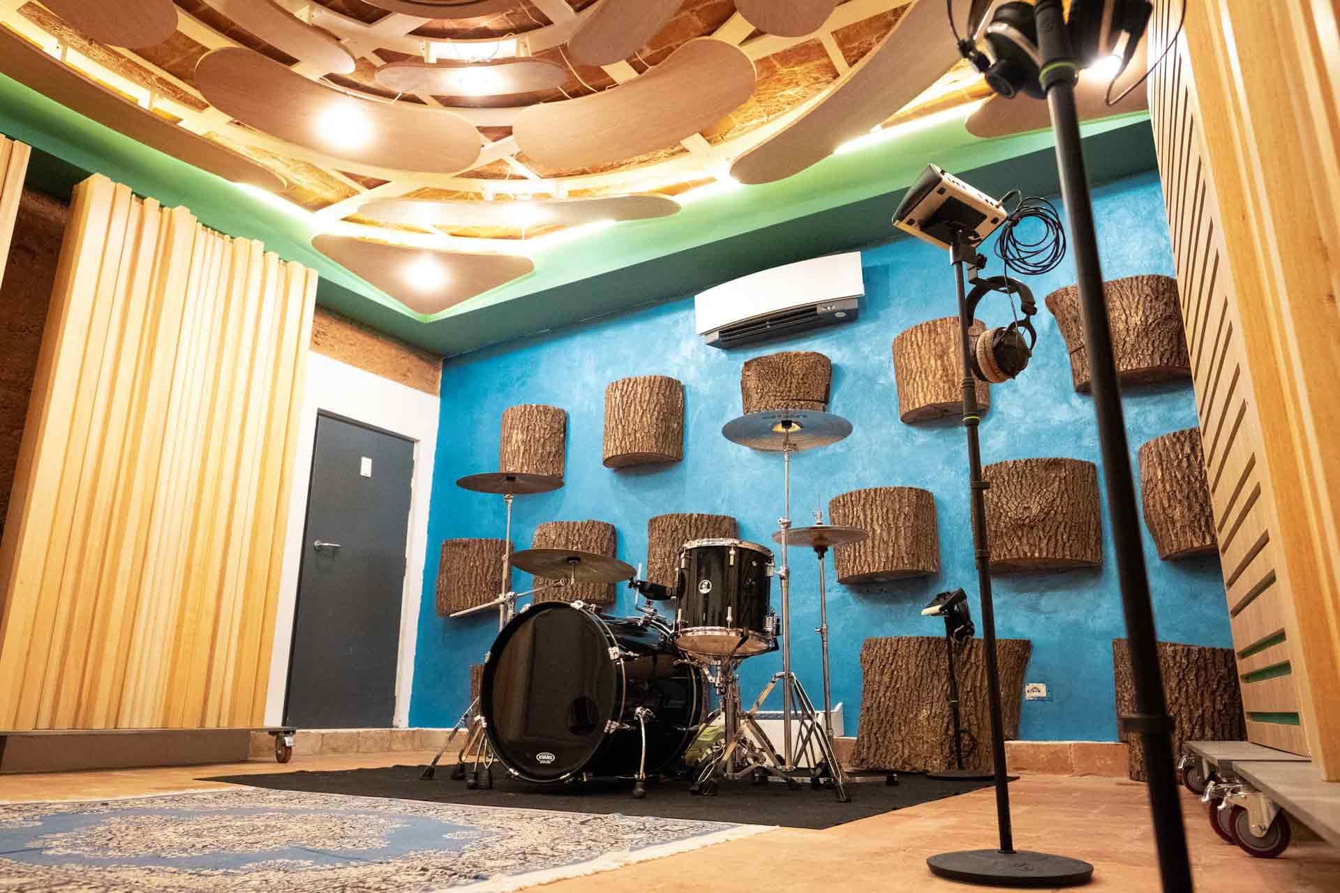 5_studio_sound_service