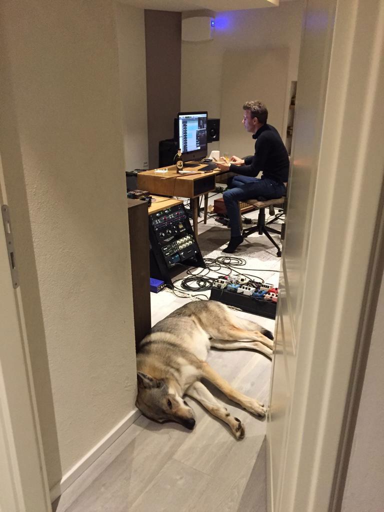 asaf-avidan-in-the-studio