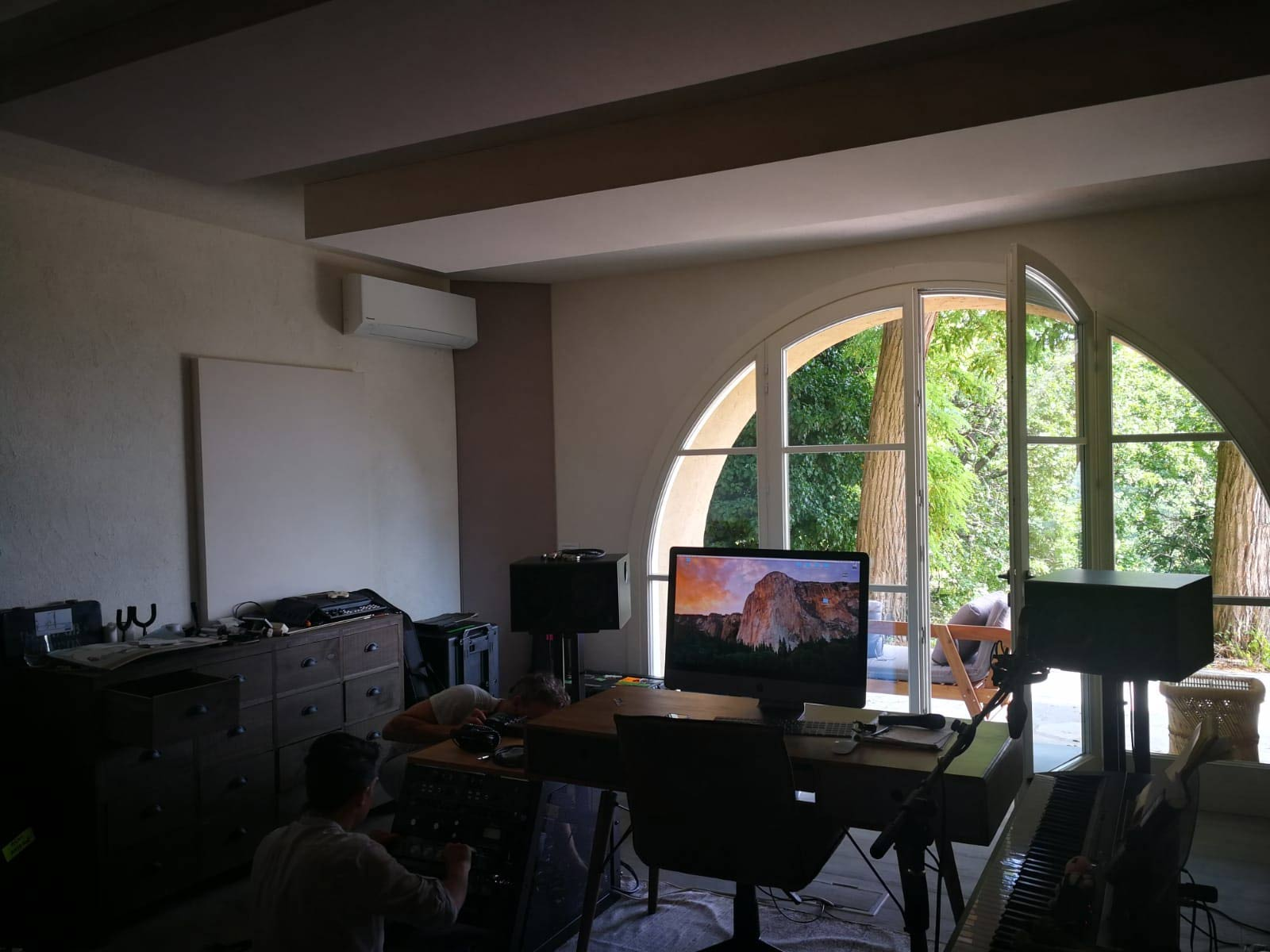 asaf-avidan-studio-in-pesaro_WEB